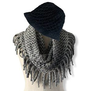 Set of Infinity scarf and Hat
